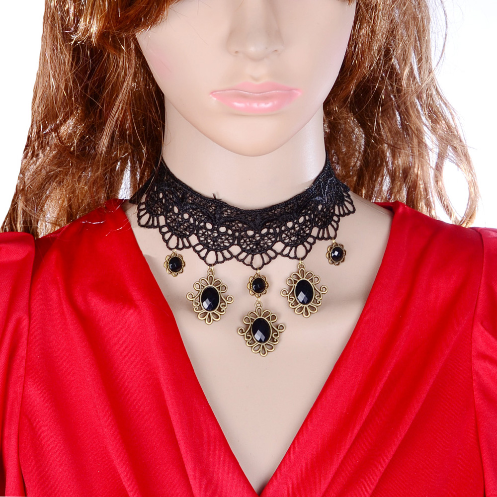Gothic-Choker-Black-Lace-Victorian-Fashion-Accessory-Necklace-Collar-Jewellery
